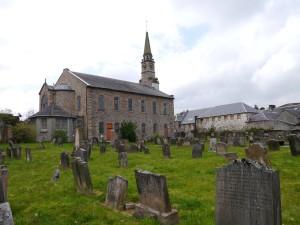 Lesmahagow churchyard