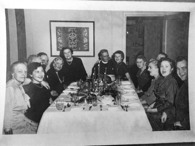 Dodo, Mary, Bob, Mrs JP Hanington, Granny, Grampa, Kay, guest, Tom, Tootie, Ann, friend Bobby