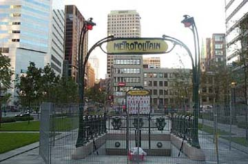 Guimard entrance