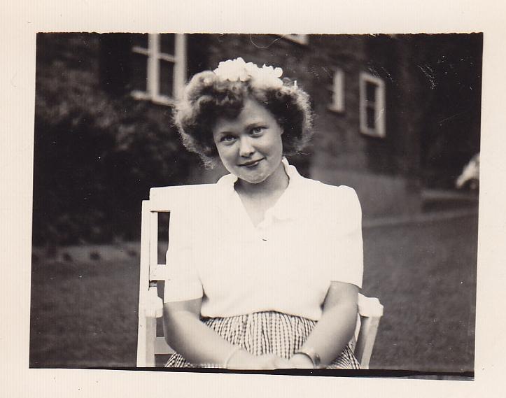 Ann 1945