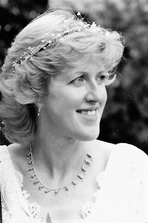 1998-06 Wedding Mary's Necklace