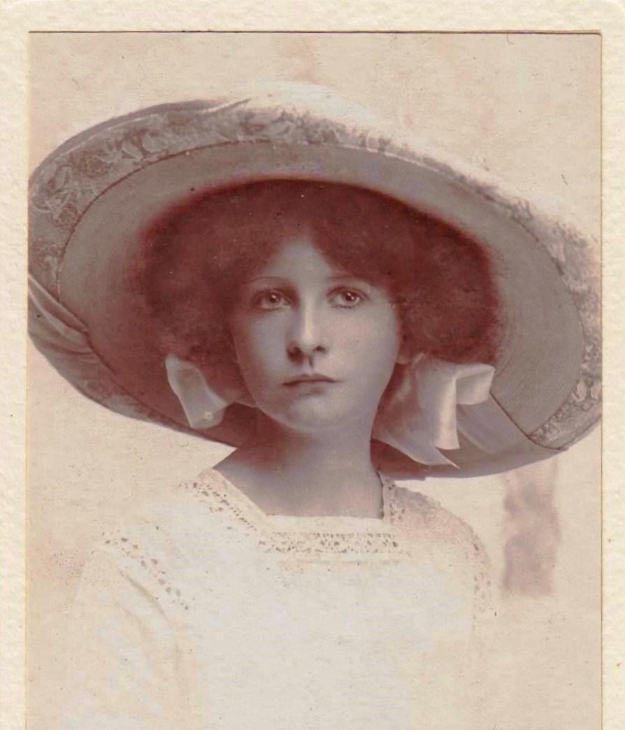 Helen Frances Marguerite Lindsay 1896-1922